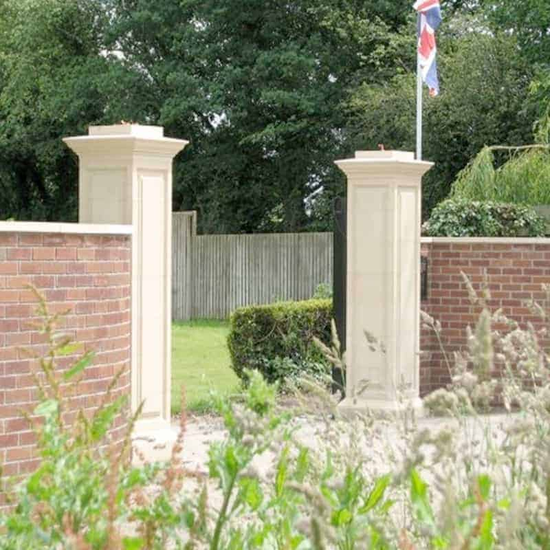 GPD-Doric-Gate-Pillar-with-FN7-Acanthus-Ball-and-Base-Acanthus-Cast-Stone