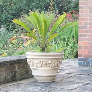 JD230-Vignola-cast-stone-vase-acanthus-cast-stone