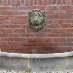 PS10HC-Small-Semi-Circle-Pool-Surround-Set---1200mm-Internal-Diameter-Acanthus-Cast-Stone