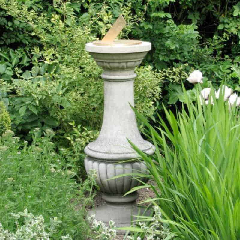 SD10-Renaissance-Sundial-Plinth-Acanthus-Cast-Stone
